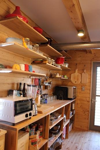 キッチン背面.JPG
